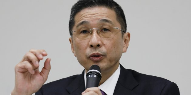 epa06335053 Hiroto Saikawa, Chief Executive Officer of Nissan Motor Co., Ltd., speaks during a news conference at its global headquarters in Yokohama, Kanagawa Prefecture, south of Tokyo, Japan, 17 November 2017. Nissan submitted a detailed report to the Japanese Ministry of Land, Infrastructure, Transport, and Tourism regarding nonconforming final vehicle inspections at its plants in Japan and countermeasures to prevent recurrence, Nissan said on 17 November. EPA/KIMIMASA MAYAMA